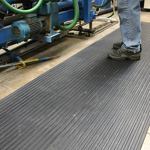 Watco Fluted Rubber Mat image 2