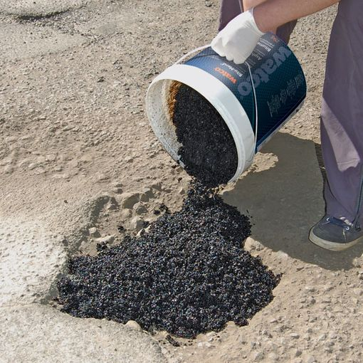 Watco Bitu-Mend® Pothole Repair image 3